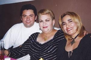 Con Paquita La del Barrio y Tania Libertad
